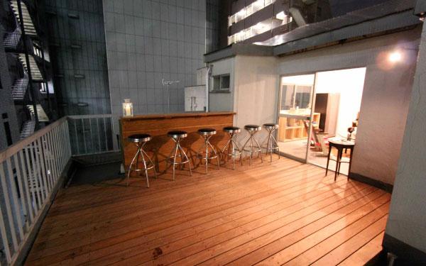 新宿ネオン「デジタルの進歩」×「アナログ世界の自分の居場所」