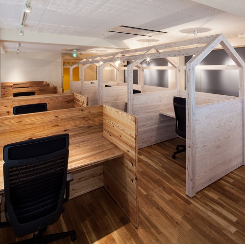 コモンルーム中津-「もうひとつのリビングルーム」アットホームな雰囲気で、居心地の良い集中空間-
